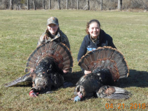 youth-girls-turkey-hunting
